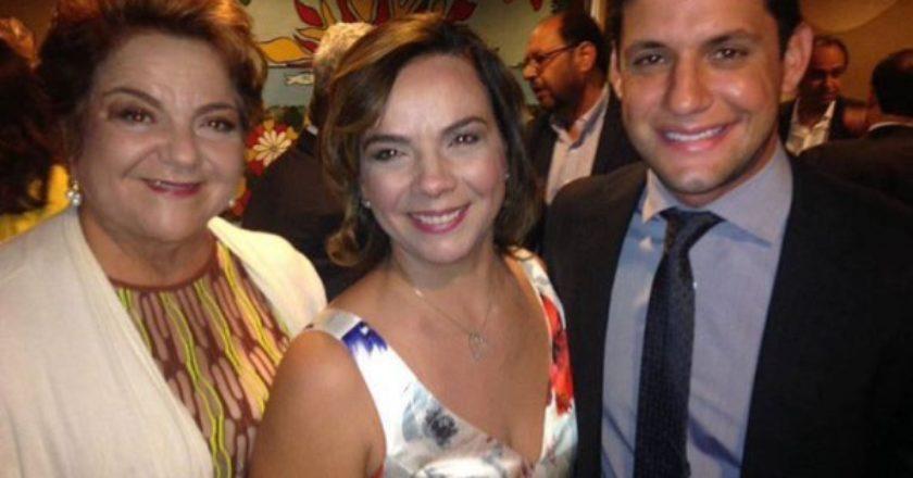 Sandra e Larissa Rosado, com o presidente do PSB Rafael Motta