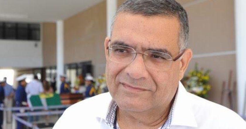 Alvaro Dias manda auxiliar demitir Claudio Porpino da Urbana